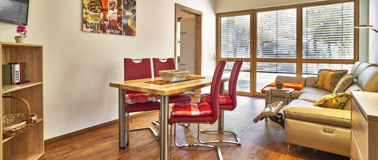 ferienhof-binder-ferienwohnung-4-wohnzimmer-essen