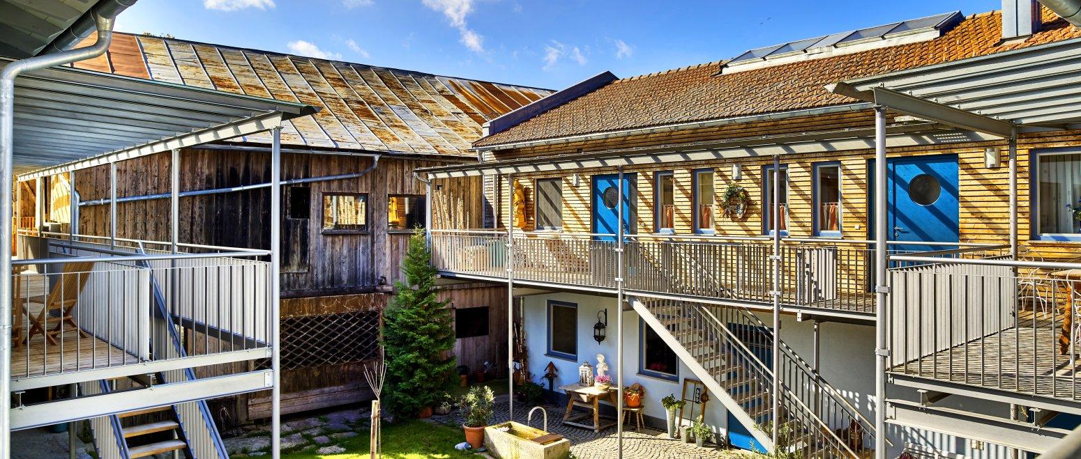 ferienhof-binder-bayerischer-wald-ferienhaus-ferienwohnungen-aussen